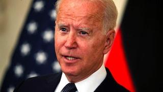 """""""Facebook uccide le persone"""": lo sfogo di Biden contro social e bufale no-vax"""