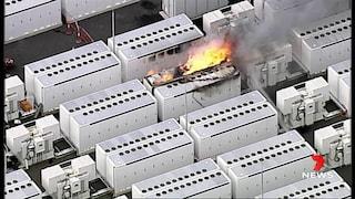 Sono serviti 150 pompieri e 4 giorni per spegnere una batteria Tesla in fiamme