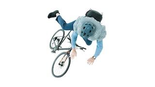 Questo zaino è un airbag per ciclisti: ecco come funziona