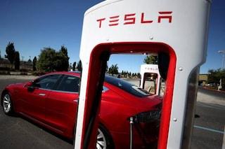 Perché Elon Musk sta scappando con Tesla fuori dalla Silicon Valley