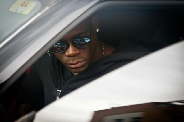 Guai per Balotelli: non potrà guidare in Svizzera per 3 mesi
