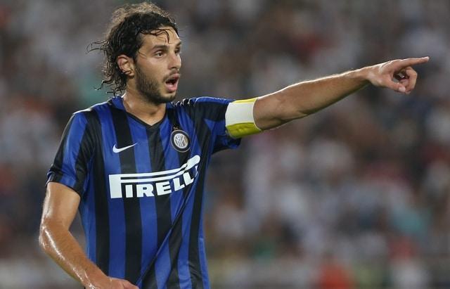 Ladro in azione con maglia di Ranocchia, il difensore: Stavolta ...