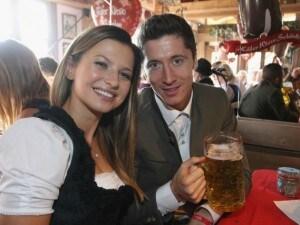 Robert Lewandowski e sua moglie Anna Stachurska