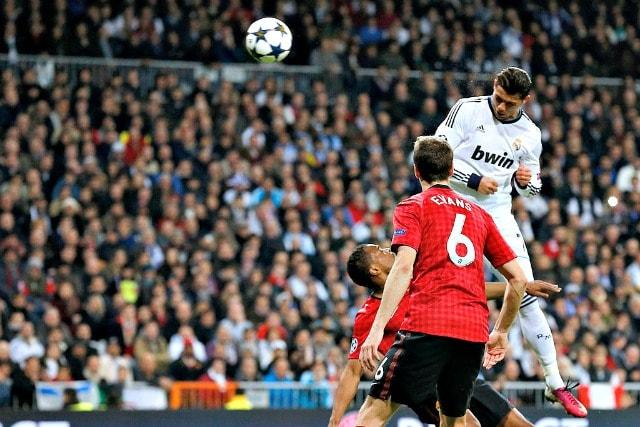 Lo stacco di Cristiano Ronaldo contro il Manchester United nel 2013