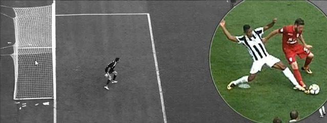 L'episodio da rigore visto alla moviola durante Juve–Cagliari