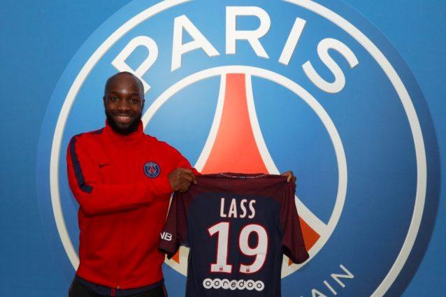 ... contattato anche dal Saint-Etienne e dal Manchester United di Mourinho  (che aveva già tentato di prenderlo un anno fa) 3442b2aaa297
