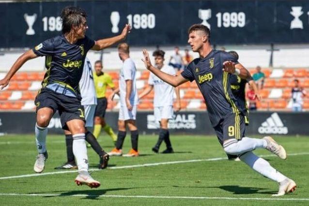 Elia Petrelli in gol contro il Valencia in Youth League