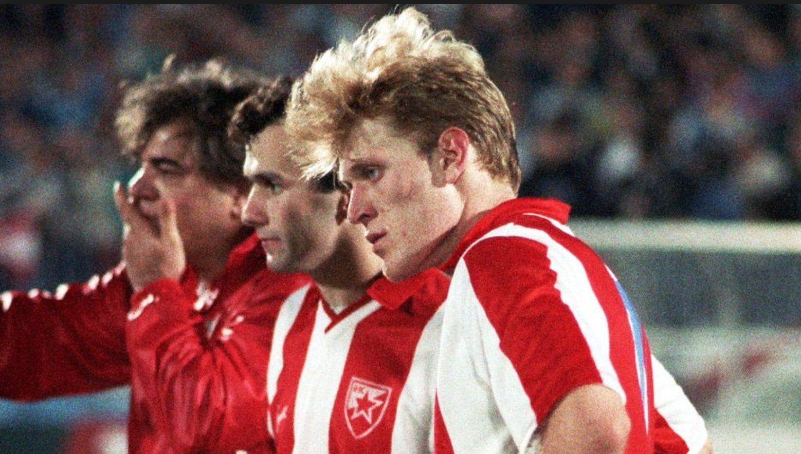 Robert Prosinecki ai tempi della Stella Rossa al fianco di Dejan Savicevic.