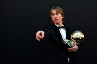 """Luka Modric: """"Dedico il Pallone d'Oro a Xavi, Iniesta, Sneijder"""""""