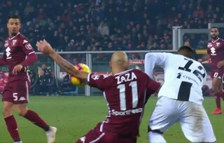 La moviola di Torino-Juventus, perché la Var sorvola su Zaza e Belotti?