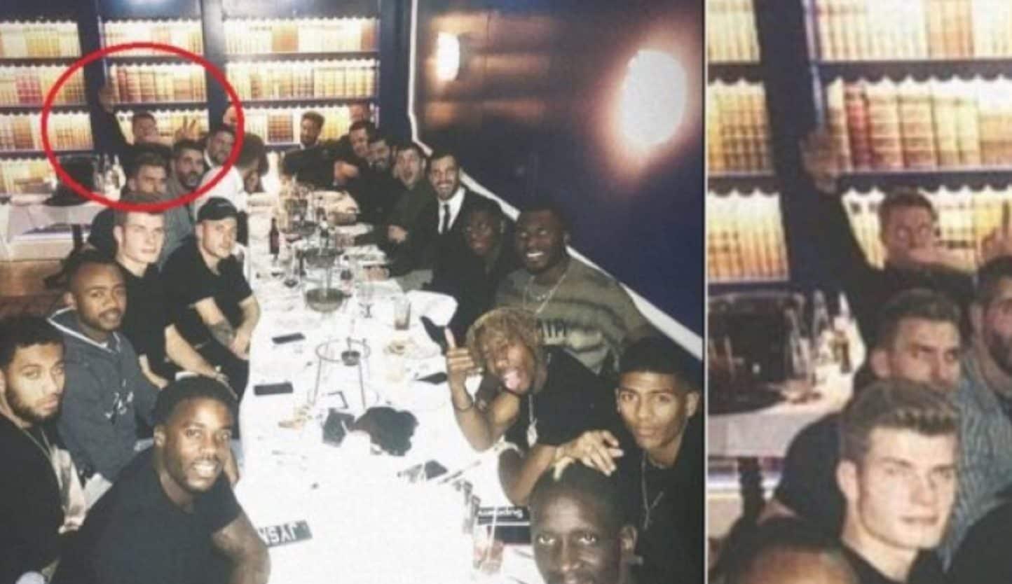 La foto che aveva portato all'indagine su Hennessey.