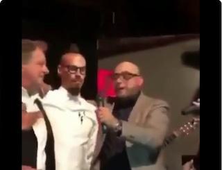 Hamsik saluta il Napoli alla festa del medico De Nicola: canta 'O surdato 'nnammurato
