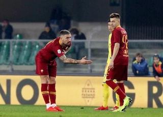 Roma, i tifosi non perdonano Kolarov: l'inchino del serbo diventa un caso