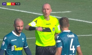 Var, decisione storica: ecco perché toglie il 2-1 alla Spal e dà rigore alla Fiorentina