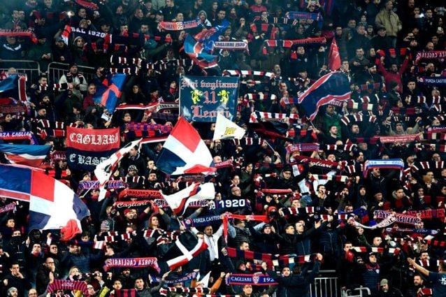 Cagliari-Fiorentina: muore un tifoso, cori vergognosi dei Viola