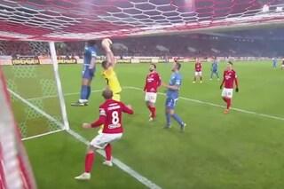 Zenit, Sardar Azmoun alla Fantozzi: colpisce la traversa di testa