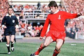 """Liverpool in lutto, si è spento il leggendario capitano """"Anfield Iron"""": Tommy Smith"""