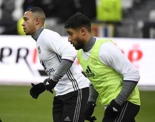 Lione, rissa in allenamento: Depay e Fekir contro due compagni. Genesio annuncia l'addio