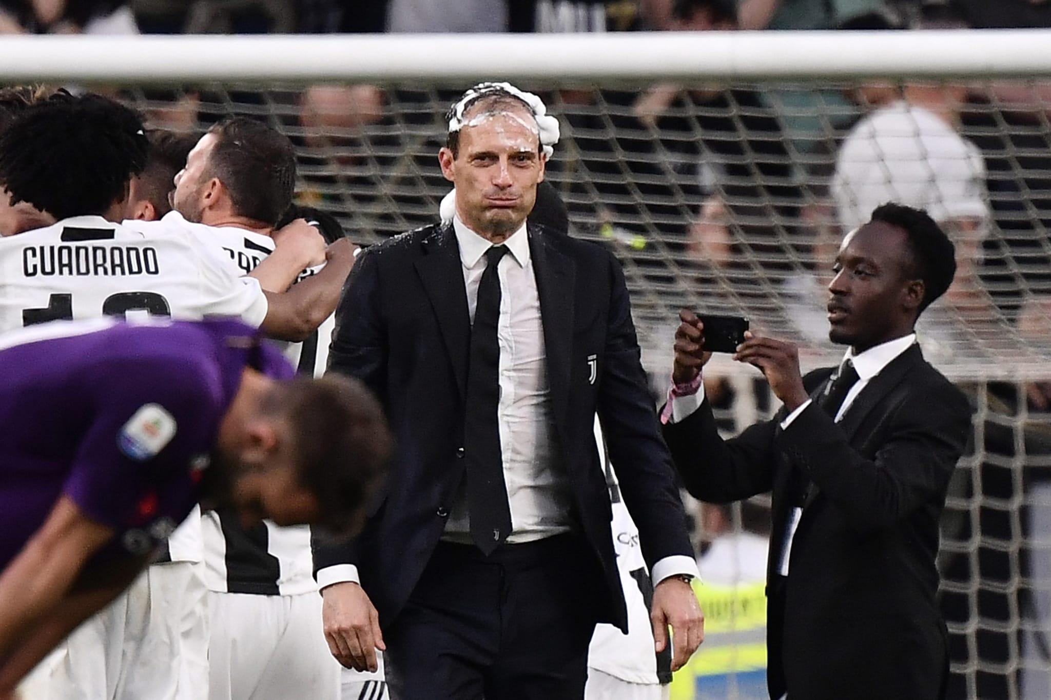 Allegri festeggia la vittoria dello Scudetto 2019 contro la Fiorentina