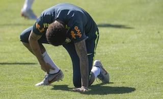 Il Brasile toglie la fascia a Neymar: il capitano in Copa America sarà Dani Alves