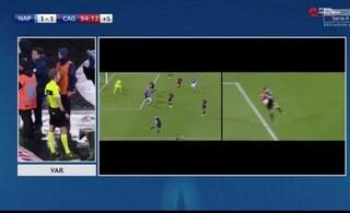 Moviola di Napoli-Cagliari, perché l'arbitro ha assegnato il rigore agli azzurri