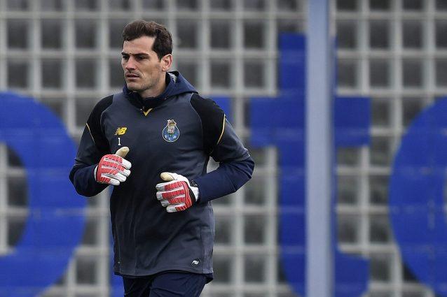 Problema cardiaco per Iker Casillas: ricoverato d'urgenza in ospedale, è fuori pericolo