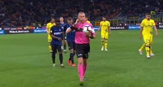 Inter-Chievo: cori razzisti contro Napoli, l'arbitro minaccia sospensione della partita