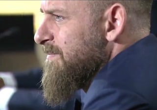 "Audio WhatsApp di De Rossi sul contratto a gettone: ""Chiesi 100 mila euro a partita"""