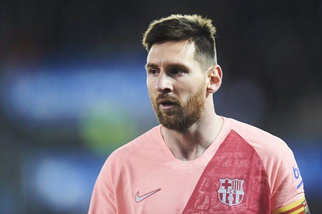 Alta tensione in Champions League: scontri tra tifosi a Barcellona