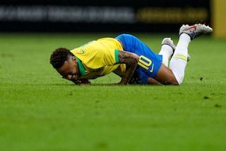 Neymar s'infortuna alla caviglia, il brasiliano salterà la Coppa America