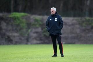 """José Mourinho dice no al Newcastle: """"Non sono un allenatore che lotta per il 9° posto"""""""