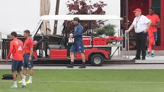 Bayern Monaco, un uomo si scaglia contro Kovac dopo l'allenamento: fermato dalla polizia