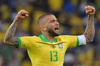 Mercato, le ultime notizie su Dani Alves: dopo l'Inter, il brasiliano si offre alla Juve