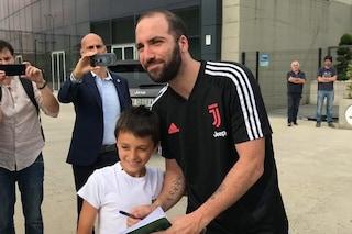 """I tifosi della Juventus: """"Higuain resta con noi"""". Ultimissime notizie sul Pipita e la Roma"""