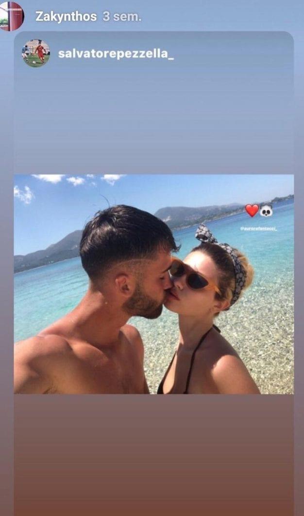 Salvatore Pezzella in vacanza con Aurora.