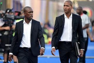 Camerun, ufficiale l'esonero del ct Seedorf e del vice Kluivert dopo il flop in Coppa d'Africa