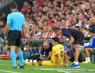 Barcellona, dopo Messi si fa male anche Suarez: infortunio e tempi di recupero