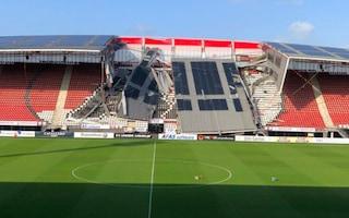 Olanda, tragedia sfiorata: crolla una parte del tetto dello stadio dell'AZ Alkmaar