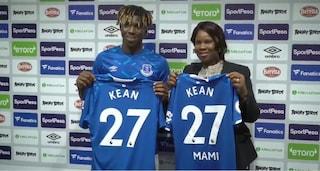 La sorpresa dell'Everton per Kean, una maglia per la mamma nel giorno della presentazione