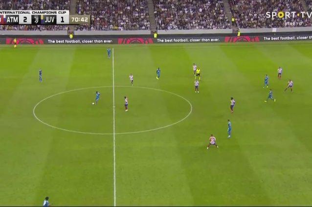 Da questa immagine, si vede quanto la Juve si esponga al rischio di contropiede quando il play basso non è abbastanza protetto