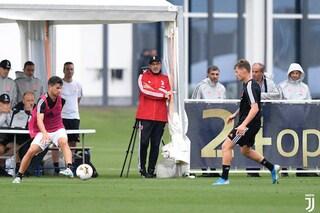 Come sta Maurizio Sarri, il tecnico dirige l'allenamento: vuole esserci in Fiorentina-Juve