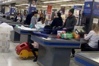 Daniele De Rossi, spesa al supermercato. I tifosi elogiano il 'campione umile'