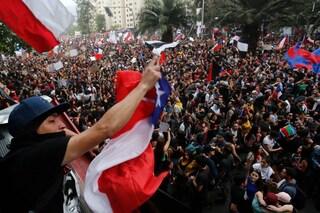 "Cile, la federazione sospende tutti in campionati: ""Troppe violenze in piazza"""