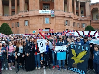 Tifosi di Bologna e Lazio uniti nella preghiera per Sinisa Mihajlovic