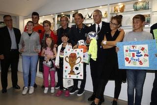 Gli Azzurri al Bambin Gesù di Roma: sorrisi, regali e foto. Una festa per i piccoli malati