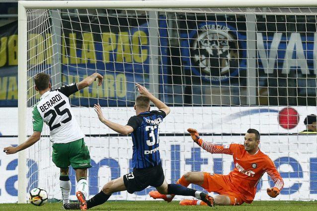 L'Inter supera il Sassuolo 4-3 grazie alle doppiette di Martinez e Lukaku