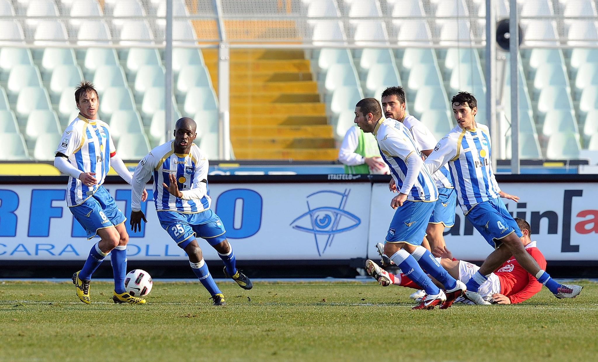 Il difensore maliano ha giocato per due stagioni con il Pescara.