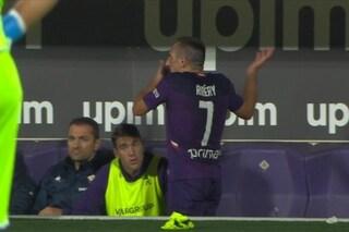 Fiorentina, Montella sostituisce Ribery: il francese mostra il suo disappunto in panchina