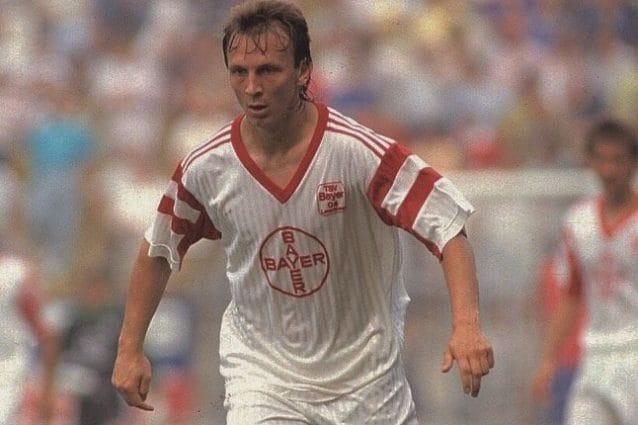Andreas Thom al Bayer Leverkusen