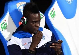 """Balotelli: """"Voi, esseri ignoranti, quando facevo gol per l'Italia vi piacevo?"""""""